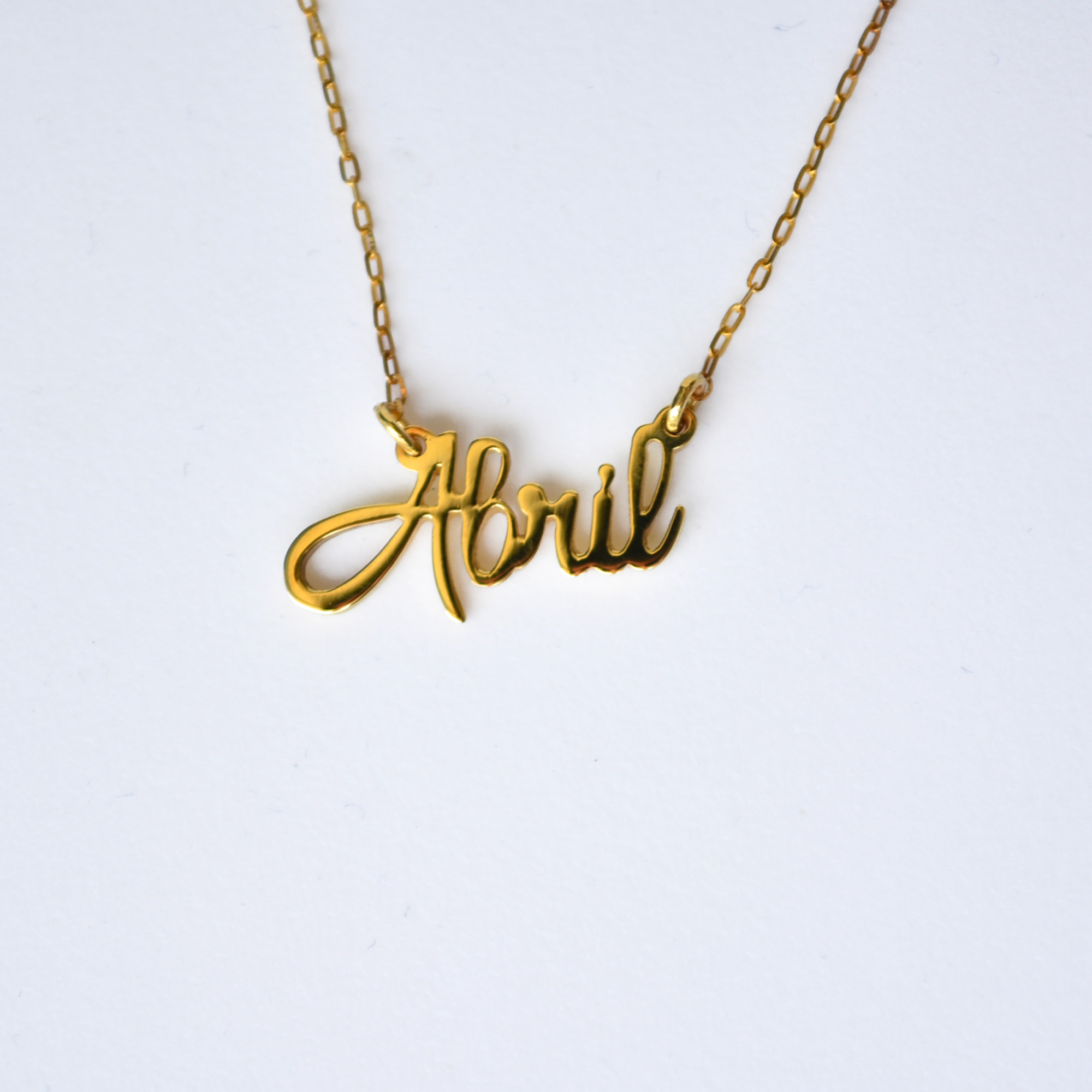 db484e3797aa Tu Nombre en Oro de 14K - Ornamento